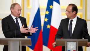 Vladimir Poutine et François Hollande à l'Elysée, le 1er juin 2012.