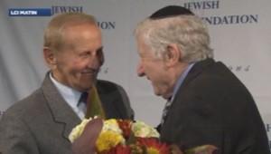 Czeslaw et Léon se retrouvent 69 ans après. Les parents du premier avaient sauvé le second et sa famille, des Juifs polonais, pendant la Seconde Guerre Monde.