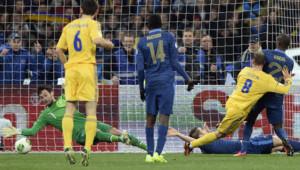 L'Ukraine a ouvert le score face à la France lors du match de barrage aller de l'équipe de France en Ukraine.