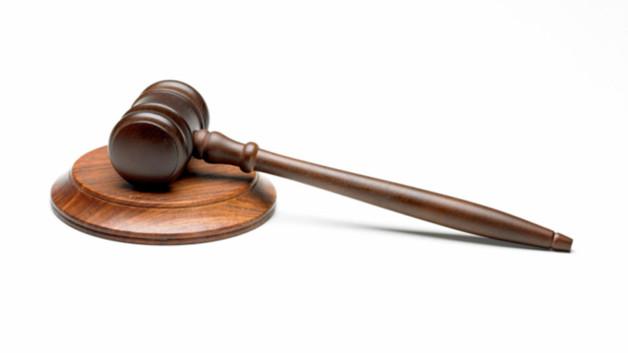 http://s.tf1.fr/mmdia/i/07/5/la-justice-10693075lnbfd_1861.jpg?v=1