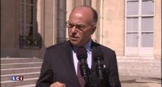 """Cazeneuve : """"Expulsion systématique"""" de tous ceux qui appellent au terrorisme"""