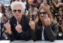 """Iggy Pop et Jim Jarmusch déchaînés lors de leur photocall pour """"Gimme Danger"""" à Cannes"""