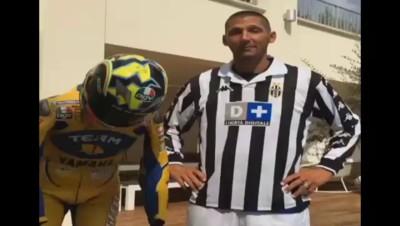 Ice Bucket Challenge : Materazzi utilise la coupe de la Ligue des Champions et nomine... Zidane