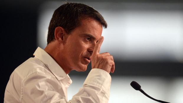 Manuel Valls à la tribune de La Rochelle le 30 août 2015