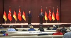 Migrants : Berlin va faire appel à l'Otan pour lutter contre les passeurs, Merkel a besoin de résultats