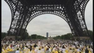 yoga à la Tour eiffel