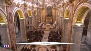 François Hollande rencontre le pape François : une audience privée pour sceller les liens