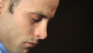 Oscar Pistorius le 22 février 2013 devant le tribunal de Pretoria