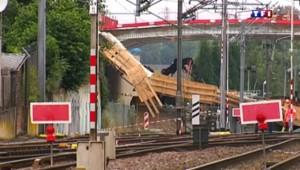 Un pont effondré perturbe le trafic des TGV et TER en Lorraine