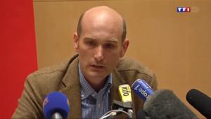 """Le 20 heures du 6 septembre 2014 : Nicolas H�n, ex-otage en Syrie : """"Oui Medhi Nemmouche m%u2019a maltrait�- 135.546"""