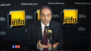 Si on additionne Sarkozy et Villepin, la droite est devant selon Copé
