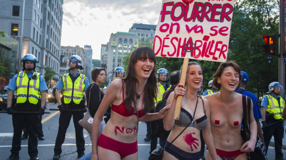 Des manifestants à Montréal, le 7 juin 2012.