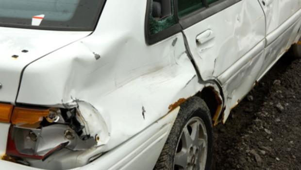 Une voiture accidentée