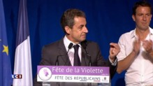 A la Fête de la Violette, Sarkozy envoie Hollande sur les roses
