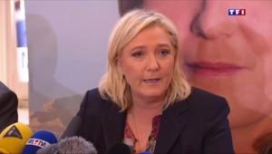 """Marine Le Pen : """"Le PS, comme la secte d'un temple solaire, a décidé d'un suicide collectif"""""""