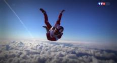 Le 20 heures du 31 août 2014 : Championnat de parachutisme - 2180.94