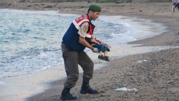 aylan enfant syrien noyé