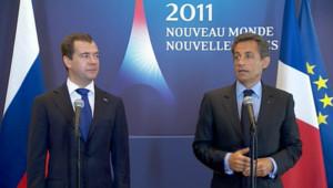 Dmitri Medvedev et Nicolas Sarkozy, le 26 mai 2011