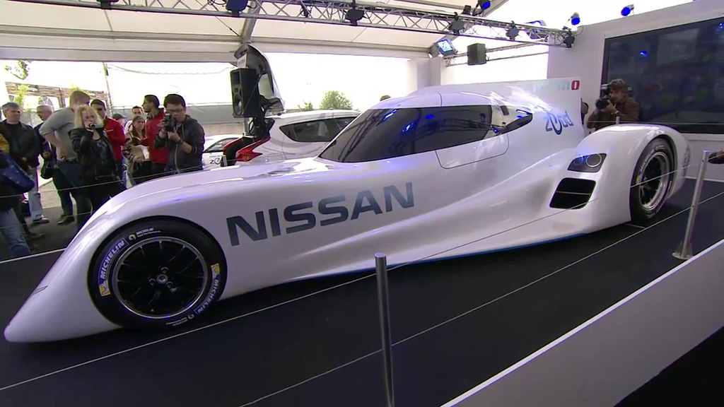nissan le proto lectrique pour les 24 heures du mans en. Black Bedroom Furniture Sets. Home Design Ideas