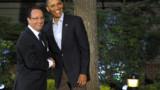 Au G8, Hollande a fini par tomber la cravate (vidéo)