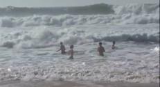 Le 20 heures du 19 octobre 2014 : Les baignades d%u2019octobre peuvent �e dangereuses - 96.351