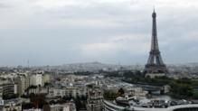 Une vue de la Tour Eiffel à Paris