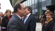 Bordeaux : poignée de main entre François Hollande et Alain Juppé