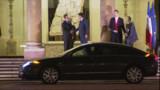 """Sarkozy accepte """"la démission du gouvernement"""""""