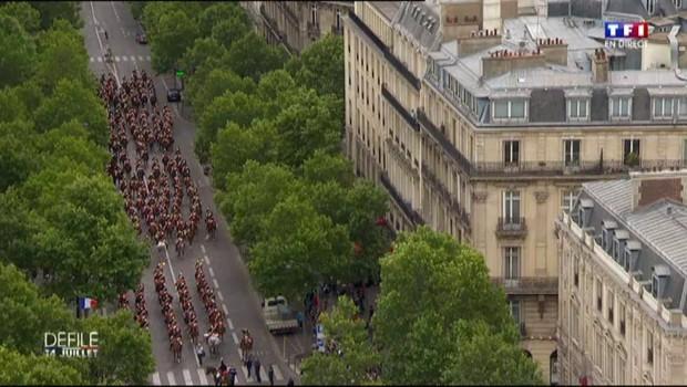 """Dernier défilé du quinquennat pour Manuel Valls : """"C'est toujours un moment d'émotion"""""""
