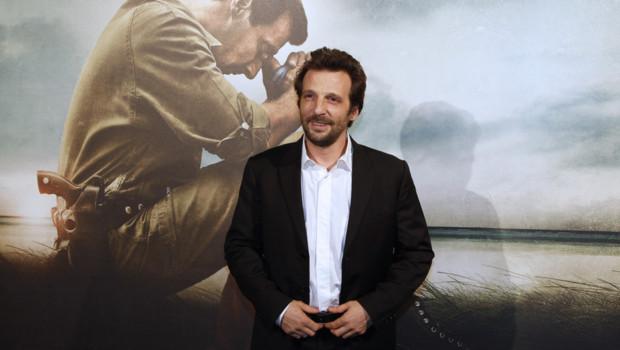 """Mathieu Kassovitz à l'avant-première de son film """"L'Ordre et la morale"""" en novembre 2011"""