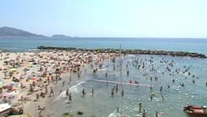 vacances plage été Marseille mer se baigner