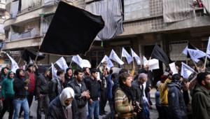 Syrie : partisans du Front Al-Nosra à Alep, 8/2/13