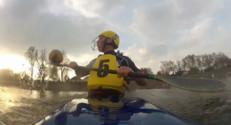 Le 20 heures du 27 septembre 2014 : Le Kayak Polo : sport sp�aculaire - 1731.931