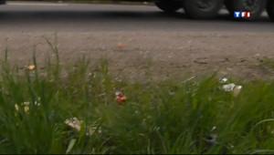 Le 13 heures du 27 avril 2013 : Une demi-tonne de d�ets sur nos routes - 357.1016977844238