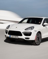 Porsche Cayenne Turbo S 2013
