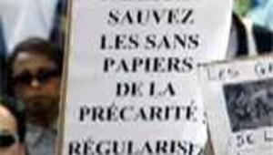 manifestation sans-papiers paris 24 aout 2002 Sarkozy