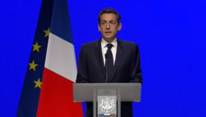 Nicolas Sarkozy lors de son discours sur la crise à Toulon le 1er décembre 2011