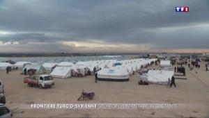 A la frontière turque, 30.000 civils syriens désespérés