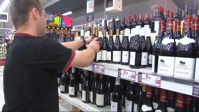 Le 13 heures du 17 septembre 2014 : Foires aux vins : les cavistes font valoir leur expertise - 1208.4229999999998