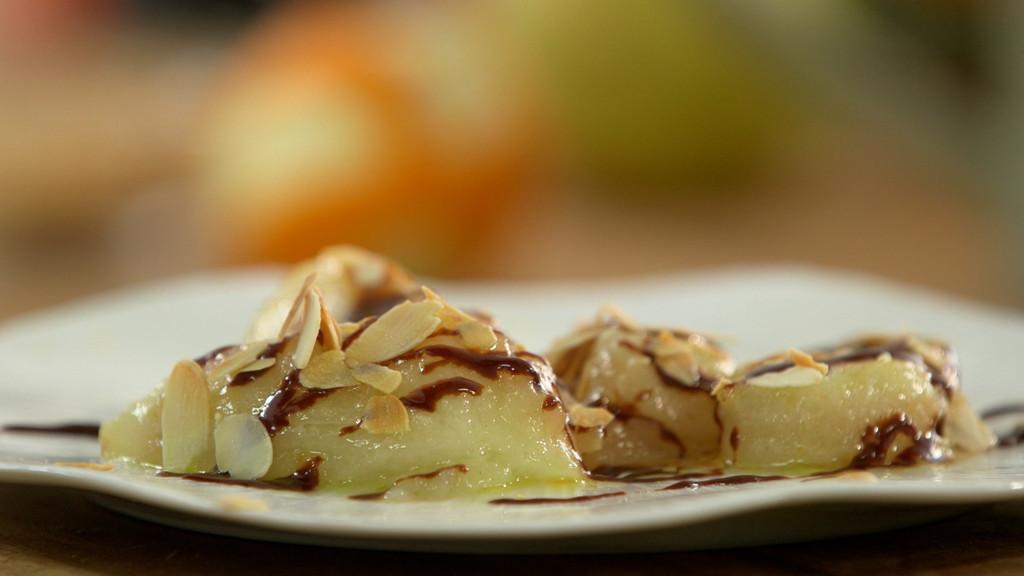 Poire r tie la sauce choco caramel aux pices petits - Recette cuisine tf1 petit plat en equilibre ...