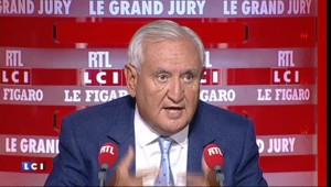 """Jean-Pierre Raffarin : """"La France est forte quand elle est indépendante"""""""