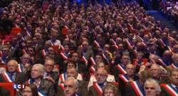 Crèches de Noël en mairie : l'Association des Maires de France lance la polémique