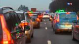 Grève des taxis : des voitures avec chauffeur attaquées