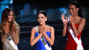 Miss Australie (à gauche), Miss Philippines (au centre) et Miss France 2014 Flora Coquerel (à droite)