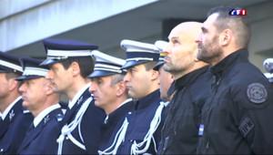Le 20 heures du 8 janvier 2015 : Attaques à Paris : appel général à la vigilance, les policiers cibles des terroristes - 2562.844