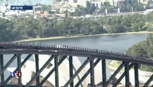 Record sur un pont de Sydney