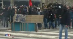 COP21 : échauffourées entre manifestants et forces de l'ordre place de la République