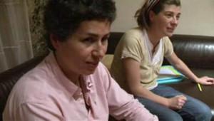 Couple de femmes pacsées qui ont obtenu la reconnaissance de l'autorité parentale conjointe par une juge de Bayonne (3 novembre 2011)