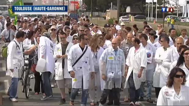 Les salariés de Sanofi manifestent à Toulouse