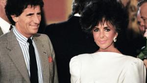 Grand habitué du festival de Cannes, Jack Lang posait en 1987 aux côtés de l'actrice américaine Elizabeth Taylor.